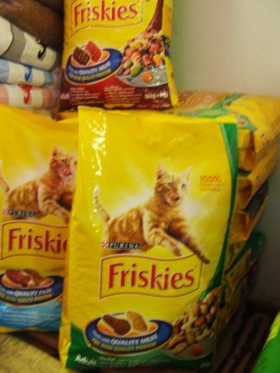 Friskies 1 kg Saját kiszerelésben Hal ízben